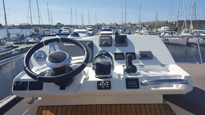 Prestige-500-for-sale-Lengers-Yachts-5