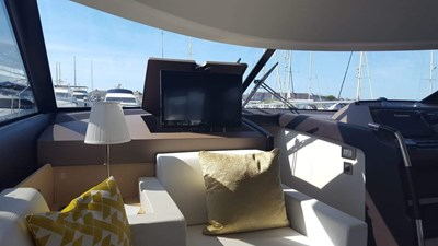 Prestige-500-for-sale-Lengers-Yachts-10