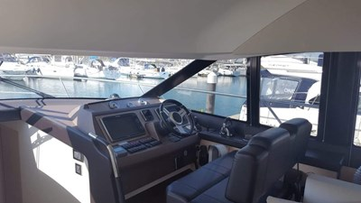 Prestige-500-for-sale-Lengers-Yachts-11