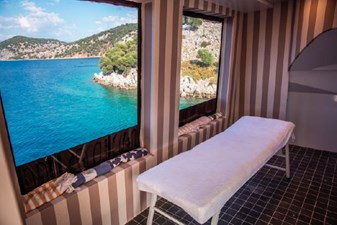 Sundeck Massage Room