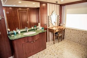 Maindeck Master Bathroom