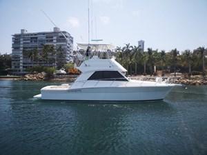 2001 Riviera 36 Convertible @ Acapulco 263862