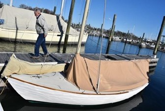 21 2008 Classic Boat Shop Pisces Daysailer 2 3