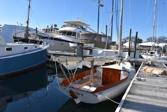 21 2008 Classic Boat Shop Pisces Daysailer 8 9