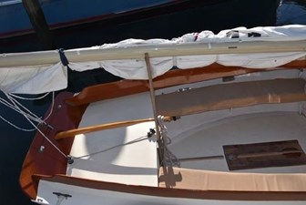 21 2008 Classic Boat Shop Pisces Daysailer 10 11