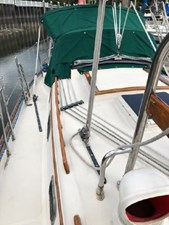 34 1994 Pacific Seacraft Crealock 34 21 22