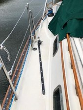 34 1994 Pacific Seacraft Crealock 34 23 24