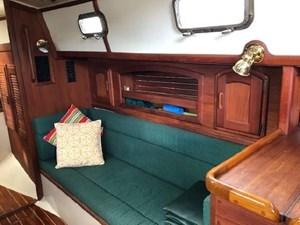 34 1994 Pacific Seacraft Crealock 34 78 79