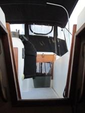 27. 41' Morgan salon View to Cockpit