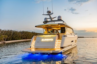 Whitehaven 6100 Coupe' 1 Transom