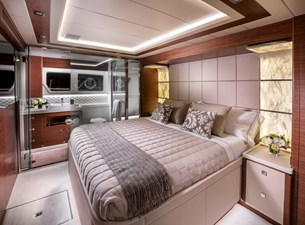 Whitehaven 6100 Coupe' 5 Master Stateroom