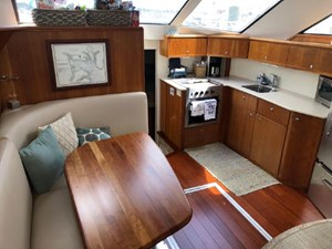 Pilots Lounge  24 25