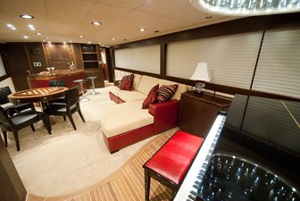 RED PEARL 9 upper deck salon with piano