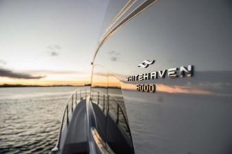 Whitehaven 6000 Flybridge 10 468