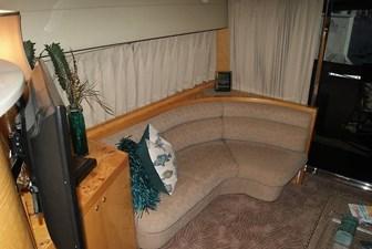 222 Salon to Starboard