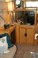 225 Salon Cabinet Port