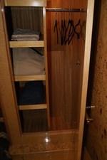 285 Guest Stateroom Locker Storage