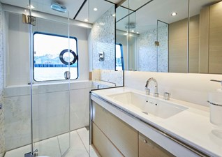 PRINCESS 30M Aft Starboard VIP Cabin Bathroom
