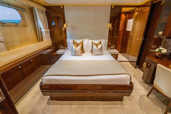 Queen Guest Stateroom, Port