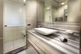lejos_3-[11493]-bathroom-[260965]-1200