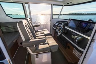 Axopar 28 Cabin BRABUS Trim 4 Axopar 28 Cabin BRABUS Trim 2020 AXOPAR 28 Cabin BRABUS Trim Sport Yacht Yacht MLS #264544 4