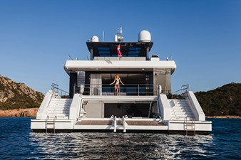 Sunreef 68 Power Yacht For Sale 5-min