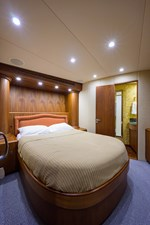 Speculator_forward_stateroom_1