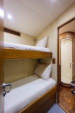 Speculator_fwd_starboard_guest_stateroom_2
