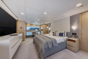 Benetti Veloce 140 Owners Suite