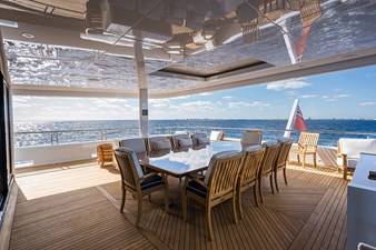 Quantum of Solace_skylounge_aft_deck_1
