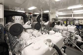 MAMBO 30 Mambo Engine Room
