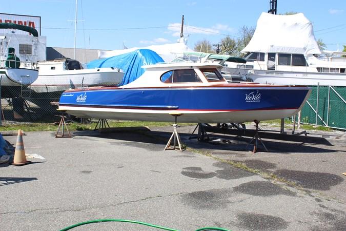 1 Cherubini 255 Sport Cruiser 2013