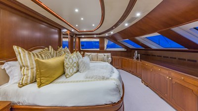 Mater Stateroom