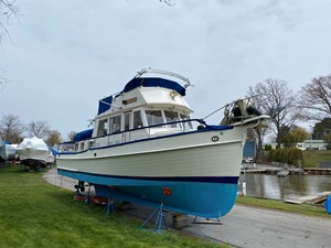 Arpension 1 Arpension 1989 GRAND BANKS 36 Heritage Classic Trawler Yacht Yacht MLS #264916 1