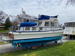 Arpension 3 Arpension 1989 GRAND BANKS 36 Heritage Classic Trawler Yacht Yacht MLS #264916 3
