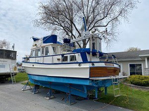 Arpension 5 Arpension 1989 GRAND BANKS 36 Heritage Classic Trawler Yacht Yacht MLS #264916 5