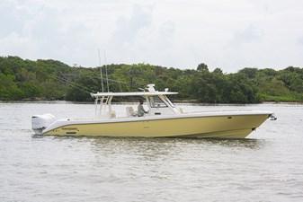 43 Everglades_starboard+profile_1