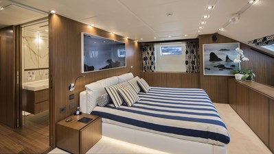 Sanlorenzo-SL118-628-Motor-Yacht-for-sale-Lengers-Yachts-10