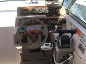 Chaparral 31ft Express Cruiser CS 5 IMG_8661