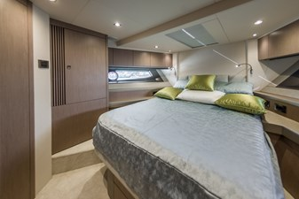 02 Motor Yacht UNO double  cabin