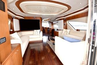 Libero  1 2007 Azimut 80 Motor Yacht - Salon