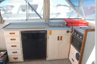1973 Bertram 35 Convertible 15 16