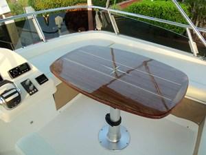 Starboard Side Flybridge Settee