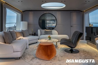 Mangusta 104 REV#3 5 Mangusta_104REV_interiors_2