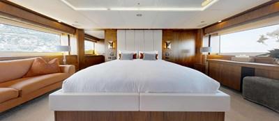 Sunseeker-115-Sport-Yacht-Zulu-Master-Cabin-4
