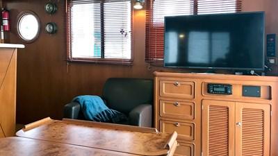 Selene 43 Misty Pearl JMYS Trawler Broker Listing -4