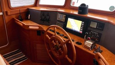 Selene 43 Misty Pearl JMYS Trawler Broker Listing -12
