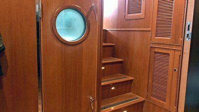 Selene 43 Misty Pearl JMYS Trawler Broker Listing -23ab