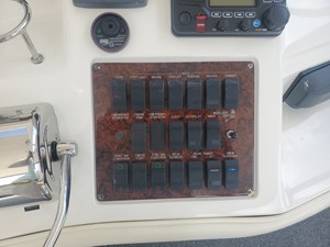 17 helm station switches
