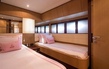 12_Twin Guest Cabin